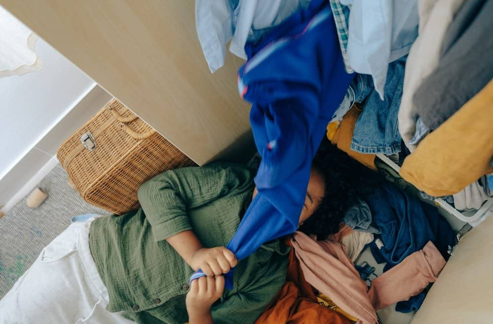 Organising Your Kid's Wardrobe - Decluttering