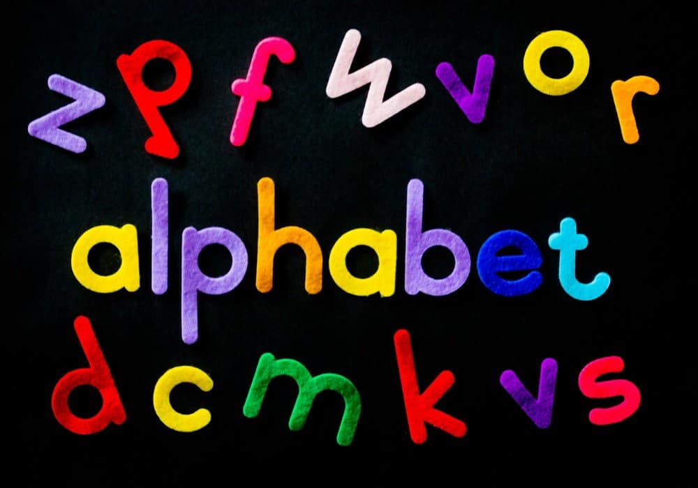 Eight ways to teach your child to read and write the letters of the alphabet + #Giveaway