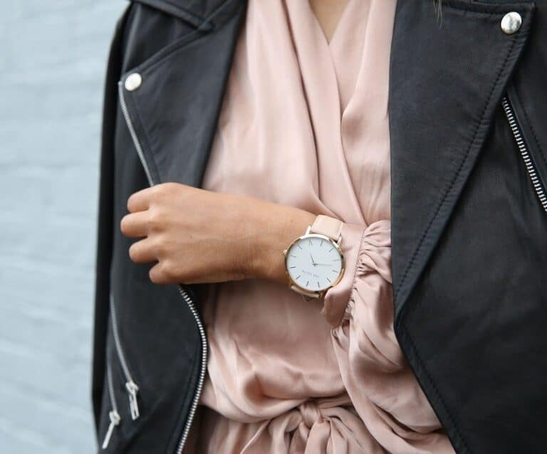 8 Fashion Accessories You Should Have In Your Wardrobe As A Woman